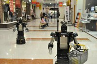 robovie-2-mall-300x199.jpg